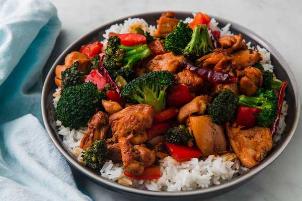 Chen S Express Kitchen Delivery Takeout 223 East 14th Street New York Menu Prices Doordash
