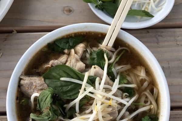 Naung Mai Thai Kitchen Delivery Takeout 3015 Commercial Avenue Anacortes Menu Prices Doordash