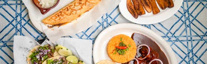Cómo En Casa Tacos Y Quesadillas