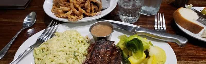 Brick House Restaurant & Catering