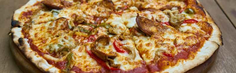 Motza's Pizza Pub